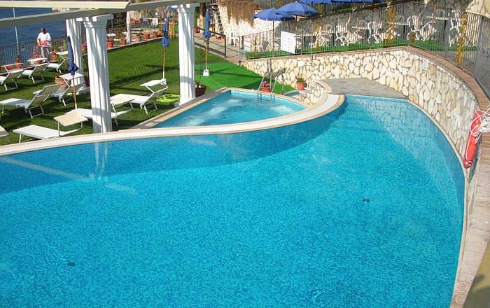 Hotel weber capri hotel con piscina sul mare - Piscina due pini ...